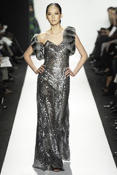 See the complete Oscar de la Renta Fall 2007 Ready-to-Wear collection.