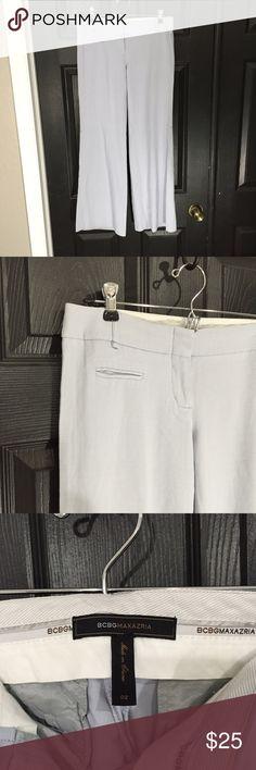 "BCBGMAXAZRIA Light Blue Pants Size 2 🎀 Great pre-loved condition. 58% viscose, 40% wool, 2% spandex Waist - 31"" Rise - 8"" Inseam - 29"" BCBGMaxAzria Pants Straight Leg"