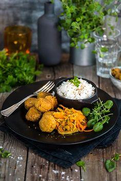 Falafel med ris och kålsallad - Landleys Kök Good Food, Ethnic Recipes, Healthy Food, Yummy Food