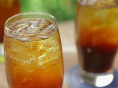 espresso soda recipe from Bobby Flay ... i am on a roll with the espresso drinks!!