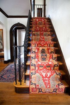 Pretty Painted Stairs Ideas to Inspire your Home stair carpet runner (stairs painted ideas) Tags: carpet stair treads, striped stair carpet, stair carpet ideas stair+carpet+ideas+staircase Decor, Patterned Carpet, House Design, Floor Design, Home, Staircase Design, Rugs, Carpet Stairs, Stairs