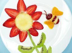 A criança gosta da natureza? Por que não dar uma flor de frutas para ela? (Foto: ThinkStockPhotos)