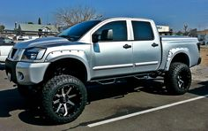 NISSAN TITAN OFF ROAD TRUCK - Off Road Wheels