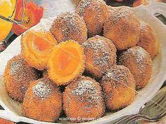 Recepty na dobře jídlo a pití: Meruňkové knedlíky s omáčkou