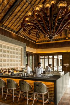 Sundara Bar. Four Seasons Resort Bali at Jimbaran Bay