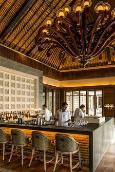 Sundara Bar. Four Seasons Resort Bali at Jimbaran Bay