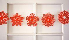 paper-snowflake-garland.jpg 600×346 pixels