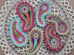 Crochet Paisley, Crochet Motifs, Freeform Crochet, Love Crochet, Learn To Crochet, Paisley Pattern, Irish Crochet, Crochet Flowers, Crochet Stitches
