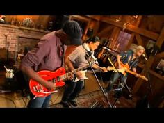 "▶ ""My Baby Is Tellin' Lies Again""- Keb Mo, Daryl Hall - YouTube"