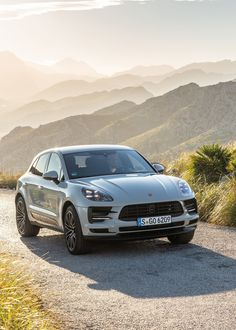 The 2019 Macan Keeps Porsche Tradition Alive - Cars Porsche Macan Turbo, Porsche 550 Spyder, Porsche Cayenne Turbo, Porsche Macan S, Porsche Logo, Porsche Cars, Porsche 2020, Dream Cars, My Dream Car