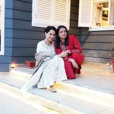 Kangana Ranaut's Sister Rangoli Targets Karan Johar In A Tweet | POPxo