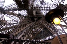 4 Tips for Climbing the Eiffel Tower with Kids thanks to Gabrielle at Design Mom. Hint: take the stairs! This is on my tag list for sure!