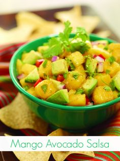 Avocado Mango Salsa Mango Avocado Salsa Recipe – Serve with Chips or add some flavor to your grilled chicken or fish! Mango Salsa Recipes, Mango Avocado Salsa, Avocado Recipes, Mexican Food Recipes, New Recipes, Favorite Recipes, Healthy Recipes, Ethnic Recipes, Summer Recipes
