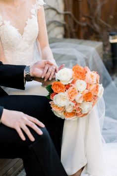 """From the editorial """"Elegant And Intimate Lytle House Elopement"""". This sweet ceremony filled with epic city views and enchanting touches has totally stolen our hearts — take a closer look at the full gallery on SMP.com! ✨ 