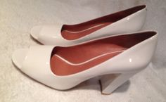 Vince Camuto White Open Toe Heels Size 11 B #VinceCamuto #OpenToe