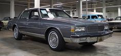 Caprice Classic For Sale, Chevy Caprice Classic, Chevrolet Caprice, Classic Chevrolet, Chevrolet Bel Air, 70s Cars, Retro Cars, Vintage Auto, Vintage Cars