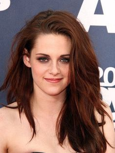 """Kristen Stewart to star with Elizabeth Banks and Jim Sturgess in """"The Big Shoe""""-global-annal"""