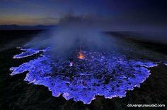 """La """"lave bleue"""" : éruption de n'importe quoi sur Twitter"""