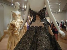 Google Image Result for http://www.youbrightyoungthings.com/wp-content/uploads/2010/05/Haute-Couture-499x374.jpg