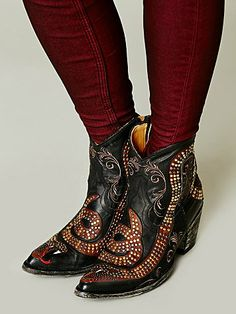 Old Gringo Spirit Ranch Boot Free Clothes, Clothes For Women, Gothic Hippie, Old Gringo Boots, Vintage Cowgirl, Rocker Chic, Boho Gypsy, Bohemian, Autumn Winter Fashion