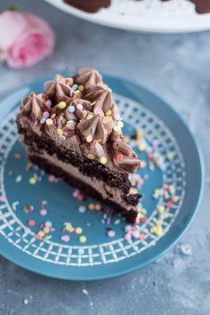 HOORAY: Schokotorte zum Geburtstag | Feiern mit Sarah von Das Knusperstübchen ❤ • Nom Noms food
