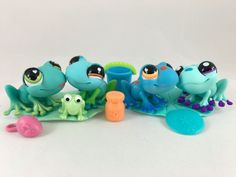 Littlest Pet Shop Four Fun Frogs #559 #806 #1140 #1916 w/Lily Pads & Accessories #Hasbro