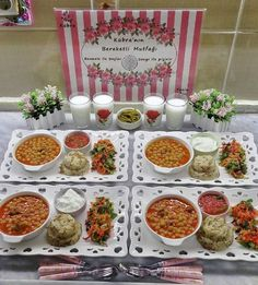 separated Turkish Recipes, Indian Food Recipes, Wooden Food, Iftar, English Food, Food Decoration, Food Platters, Tapas, Dinner Dishes