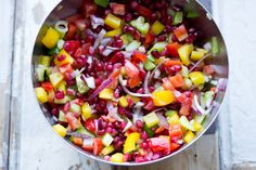 Rainbow salade met granaatappel en honingdressing