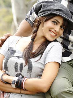 Here are all the secrets of your favourite celebrities. Indian Celebrities, Famous Celebrities, Bollywood Celebrities, Celebs, Beautiful Bollywood Actress, Beautiful Indian Actress, Beautiful Actresses, Indian Film Actress, Indian Actresses