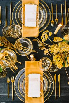 La Tavola Fine Linen Rental: Nuovo Gold Napkins | Photography: Krista Mason, Tabletop & Event Host: borrowed BLU, Design: Siren Floral Co, Furniture: Found Rentals, Venue: The Modern Long Beach, Catering: 24 Carrots Catering & Events
