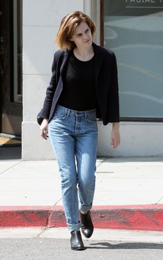emma-watson-in-jeans-leaving-beauty-salon-in-hollywood-4-12-2016-1.jpg (1280×2041)
