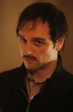 Matthew Rhys as Philip Jennings in The Americans. This must be the angry Vietnam veteran alias.