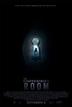 'The Disappointments Room', Dana (Kate Beckinsale) e o filho pequeno se mudam para uma nova..