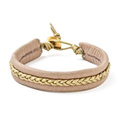 better safe than sari braided bracelet ❤ liked on Polyvore featuring jewelry, bracelets, accessories, joyas, joias, gold filled jewelry, macrame bracelet, braid jewelry, woven bracelet and braided bracelet