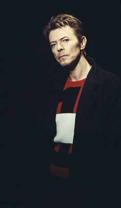 David Bowie, 1995. Photo by Kevin Cummins
