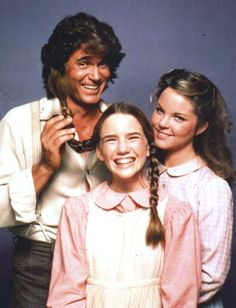 Little House on the Prairie - Melissa Gilbert as Laura Ingalls, Michael Landon Pa - Charles Ingalls and Melissa Sue Anderson as Mary Ingalls Melissa Gilbert, Michael Landon, Melissa Sue Anderson, Ingalls Family, Laura Ingalls Wilder, Old Shows, Television Program, Old Tv, Classic Tv