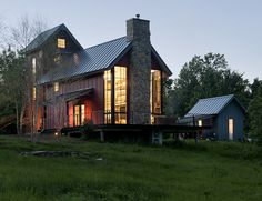 GreenSpur - One Nest Project   building with economical and sustainable sense - 1,000 sq. ft. LEED Platinum home in Delaplane, VA  - Affordable and quick modular construction made with magnesium oxide SIPS  - Watch Youtube: https://www.youtube.com/watch?v=0RK0gUN8e90