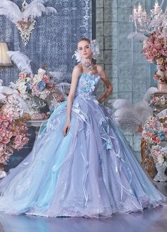 松尾のウェディングドレス、メンズフォーマルウェアのサイト。各種 ブランドの取扱店案内、会社案内等。ウェディングドレス、タキシードetcウェディングに関する衣裳取扱いメーカー