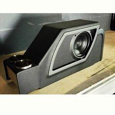 design concept adaptable to trucks Custom Car Interior, Truck Interior, Custom Car Audio, Custom Cars, Rat Rods, Nissan Sentra, Custom Center Console, Subwoofer Box Design, Custom Consoles