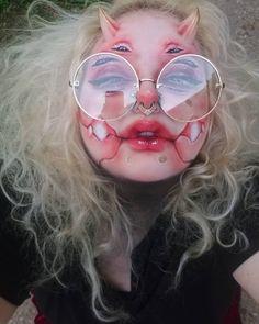Punk Makeup, Edgy Makeup, Makeup Inspo, Makeup Inspiration, Hair Makeup, Cute Zombie, Aesthetic Makeup, Demon Aesthetic, Face Paint Makeup
