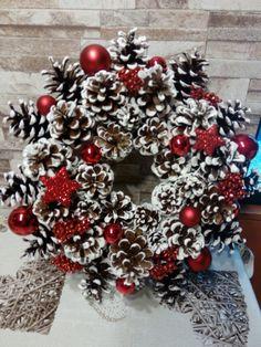 Christmas Wreaths, Holiday Decor, Home Decor, Christmas Garlands, Homemade Home Decor, Holiday Burlap Wreath, Decoration Home, Interior Decorating