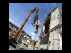 Little Irish girl Becky calls a demolition company and asks them. This girl has reduced me to laughter tears. Irish Catholic, Laughing Quotes, Irish Pride, Irish Quotes, Irish Girls, Belly Laughs, Dublin Ireland, Funny Videos, Great Britain