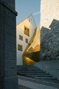 Janus 1 golden facade by MLDZ