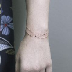 """1,548 Likes, 21 Comments - ✤ Tattoo + Illustration ✤ (@rachainsworth) on Instagram: """"Sweet little minimal dot bracelet. Have a good day! 🌞 ________________ #rachainsworth…"""""""
