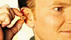 #DuvidaCruel: O que aconteceria se alguém sem problemas auditivos usasse aparelho de surdez? | Por @jpcppinheiro. Problemas auditivos geralmente são contornados com o uso de aparelhos de surdez. Esses equipamentos corrigem a deficiência da pessoa a partir de seus recursos. Mas e se alguém sem alterações utilizá-los? Descubra a resposta para mais uma #DúvidaCruel! http://curiosocia.blogspot.com.br/2014/09/o-que-aconteceria-se-alguem-sem.html