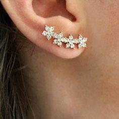 Rabal Flower Ear Climber (270 NOK) ❤ liked on Polyvore featuring jewelry, earrings, flower jewelry, ear climbers jewelry, blossom jewelry, flower earrings and flower jewellery