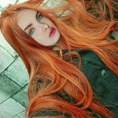 Burgundy Brown - 40 Red Hair Color Ideas – Bright and Light Red, Amber Waves, Ginger Hair Color - The Trending Hairstyle Shades Of Red Hair, Red Hair Color, Red Heads Women, Red Hair Woman, Fire Hair, Beautiful Red Hair, Beautiful Women, Long Red Hair, Red Hair Don't Care