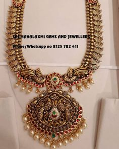 How to price my handmade jewellery? Indian Gold Jewellery Design, Gold Temple Jewellery, Jewelry Design, India Jewelry, Gold Jewelry Simple, Trendy Jewelry, Handmade Jewelry, Bridal Jewelry, Pearl Jewelry