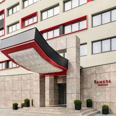 Ramada by Wyndham Ramnicu Valcea Hotel Ramada by Wyndham Ramnicu Valcea is located in the centre of Râmnicu Vâlcea within 900 metres from the train station. Weekend Breaks, Train Station, Lodges, Romania, Centre, Hotels, City, Outdoor Decor, Cabins