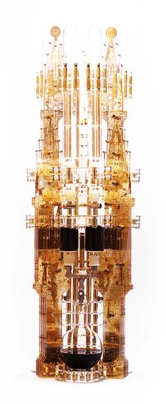 Dutch Lab - Gold Edition_GOTHICISM 3000ml Coffee Maker made using gold-plated polycarbonate and borosilicate glass.